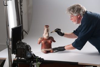 scott miles photographing columbian art